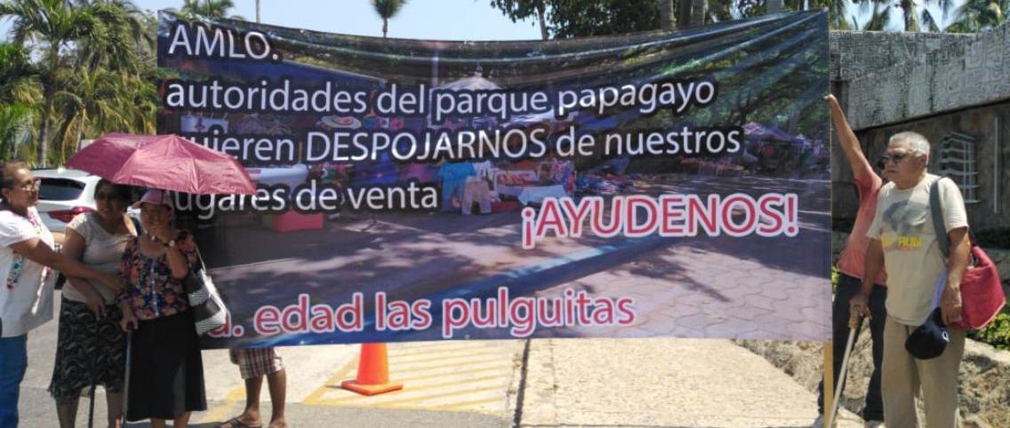 Vendedores piden a AMLO no ser desalojados del Parque Papagayo