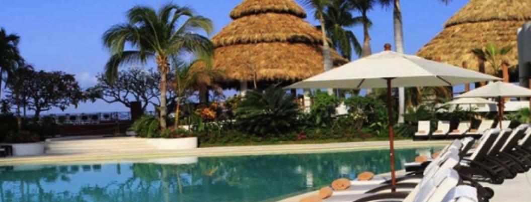 Resort da nuevo brillo al puerto de Acapulco