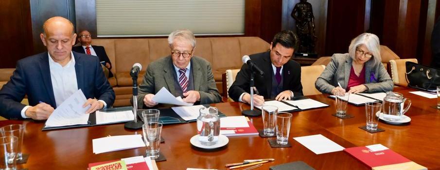 IMSS e INSABI pactan convenio para mejorar servicios de salud