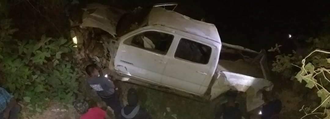 Accidente en Ayutla de los Libres deja 9 muertos y 5 heridos