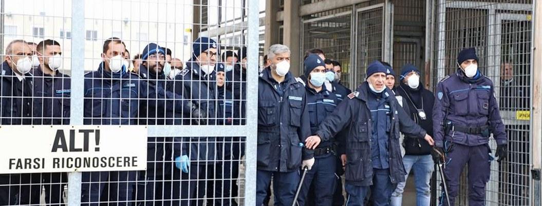 Italia: mueren reos por motín contra restricciones por coronavirus