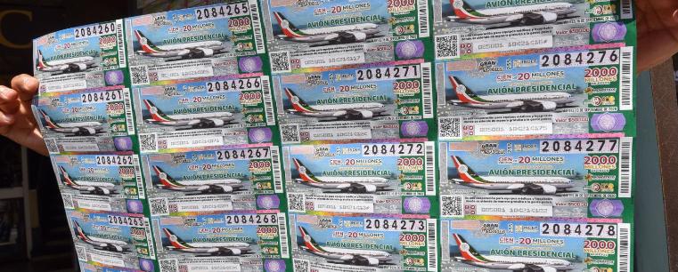 Se agotan cachitos del avión presidencial en Veracruz