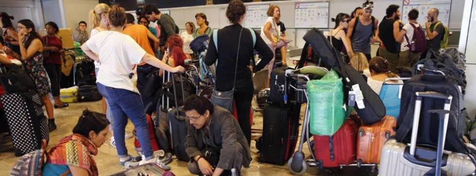 Mexicanos varados en otros países ya reciben ayuda, asegura SRE