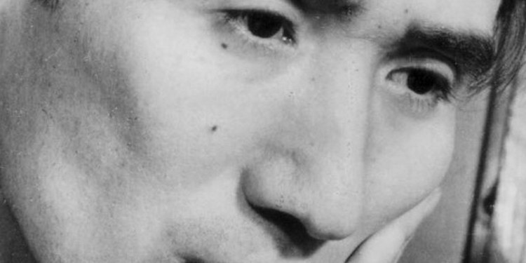 Osamu Dazai, un rostro que vivió siempre muerto 1