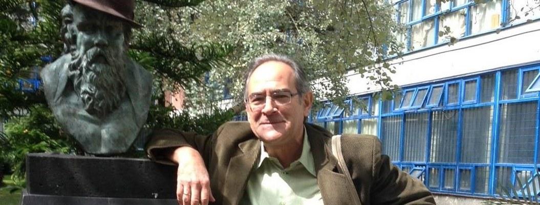 En México hay impresionantes poetas en todos lados, dice Eduardo Casar 4
