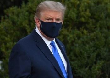 Donald Trump regresa a la Casa Blanca y asegura que la nación no debe temer al coronavirus 10