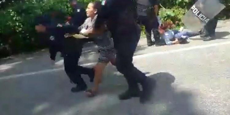 """""""Ley Garrote"""" libera la mitad de bloqueos de damnificados en Tabasco 1"""