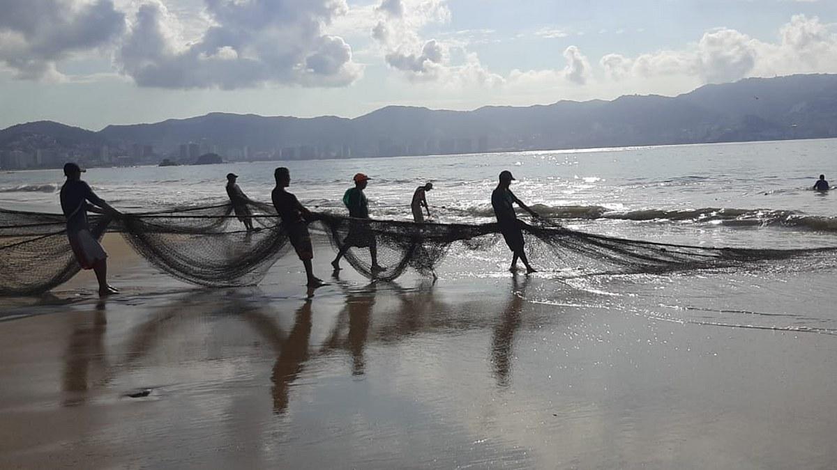 'Las congojas para mí no existen', ni por el covid, dice pescador de Acapulco 1