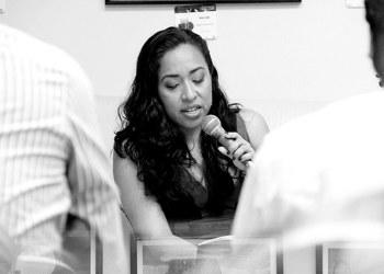 La poesía, un objeto donde las leyes de la ciencia no funcionan: Beatriz Pérez Pereda 33