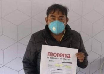 Ayotzinapa acusa de traición a su exvocero y lo veta del movimiento 8