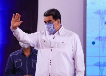Vacuna rusa Sputnik V reporta 100% de efectividad en ensayos, dice Maduro 4