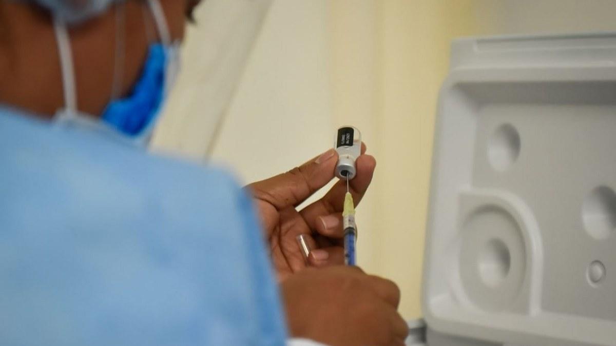 Arranca vacunación contra Covid-19 en Morelos; llegan 9 mil 765 dosis de Pfizer/BionTech