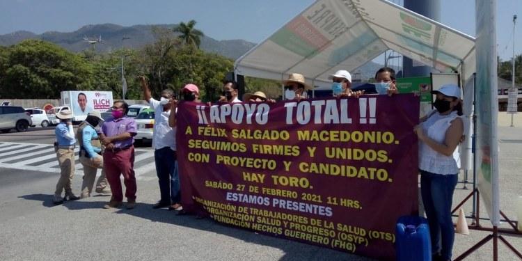 Defienden a Félix sólo 11 personas en Acapulco; piden se respete la decisión del pueblo 1