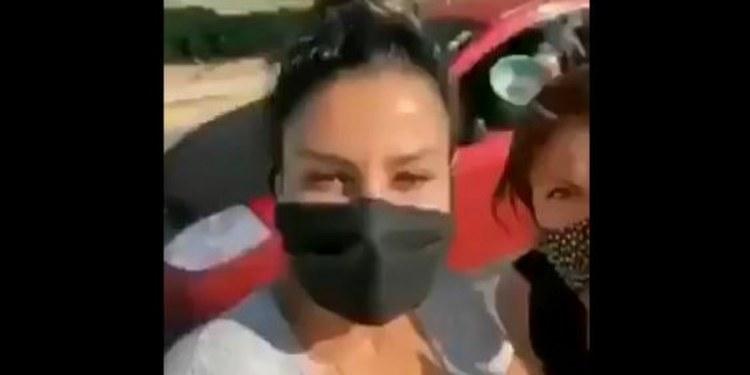 Arrojan cubeta con harina a diputada federal en Puebla | VIDEO 1
