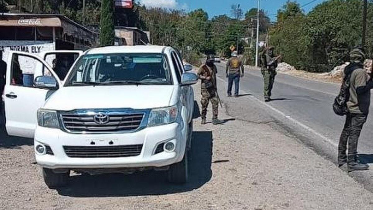 Comunitarios toman Tlapa por falta de seguridad; pobladores celebran 1