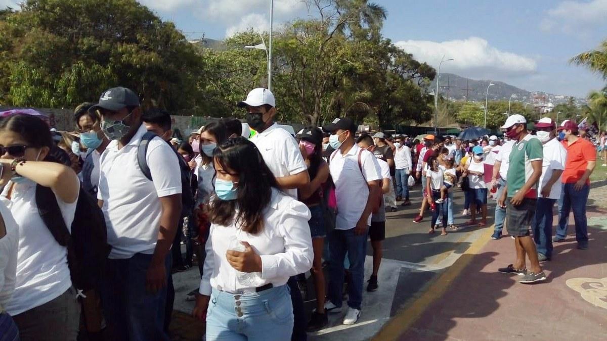 Marchan contra imposición de candidatos en Acapulco que hicieron Félix Salgado y Marcial Rodríguez 5