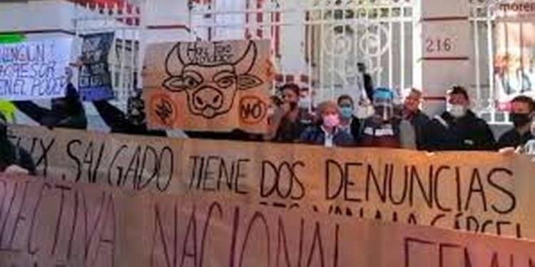 protesta contra Félix