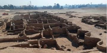 descubren ciudad en Egipto