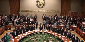 INE detecta 132 candidatos a diputados que no pertenecen a etnias indígenas 4