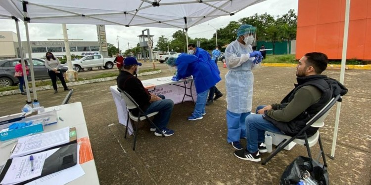 Alza de Covid continúa en Tabasco; hay 3 mil 588 pacientes ativos 1
