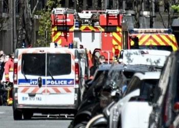 Reportan tiroteo afuera de hospital y centro de vacunación Covid en París 8