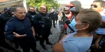 """Pobladores """"cesan"""" al SSP y a policías de Xoxocotla, Morelos 17"""