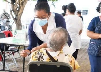 Chilpancingo: van 2 mil 658 adultos mayores vacunados con la segunda dosis 7