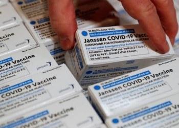 FDA recomienda suspender la vacuna Johnson & Johnson en EU 9