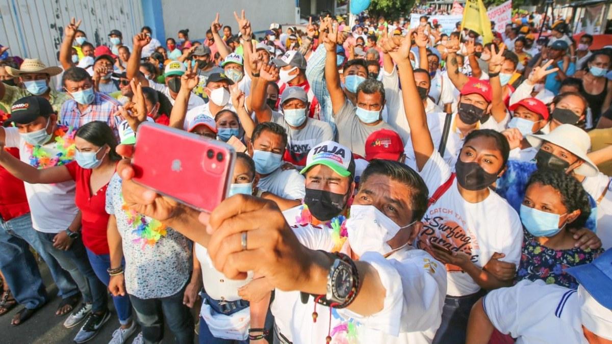 """""""Vamos a llenar las urnas de votos; Guerrero merece un mejor futuro"""": Mario Moreno 6"""