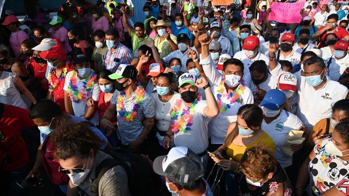 Gobierno soberbio de Morena, afectó a la población en Acapulco, critica Ricardo Taja 5