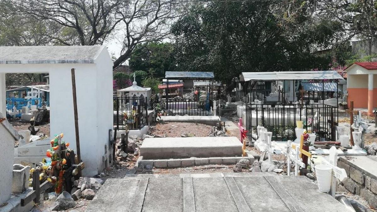 Por Covid y 10 de mayo, a partir de hoy cierran panteones en Chilpancingo 1