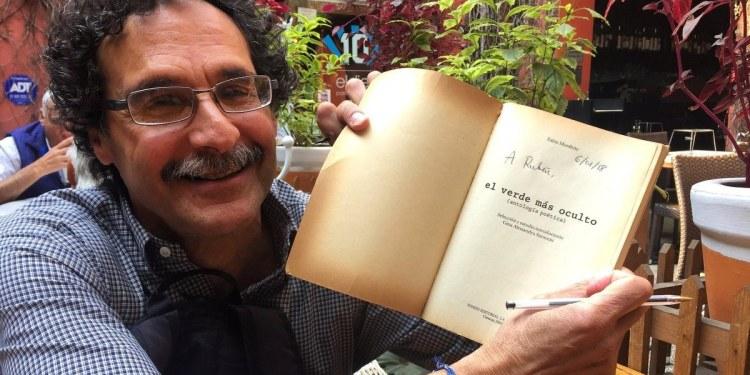 """Fabio Morábito: """"hay gente que no está dotada para la literatura pero se dedica a ella"""" 1"""