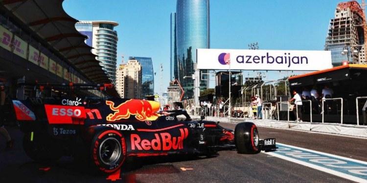 Checo Pérez queda en 12vo lugar en segundas libres del GP Francia 1