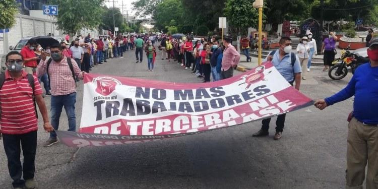 Chilpancingo: sindicalizados del Ayuntamiento exigen bono del Día del Padre 1