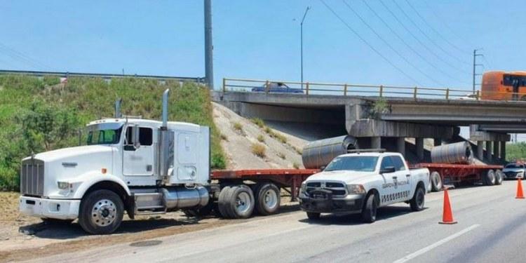 GN libera a conductor de tractocamión secuestrado en Monterrey 1