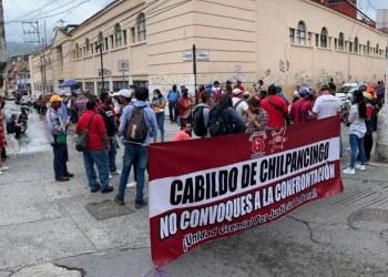 Félix Salgado se compromete a gestionar pagos de sindicalizados que protestan en Chilpancingo 8