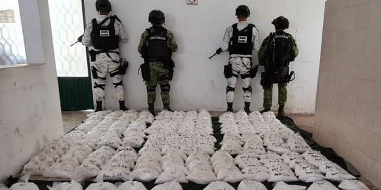 Ejército confisca 280 kilos de cristal en Michoacán; costaría 83 millones de pesos 1