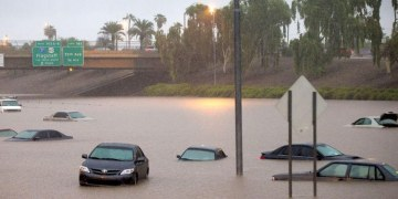 """Inundaciones por fuertes lluvias dejan """"daños extremos"""" en EU 1"""