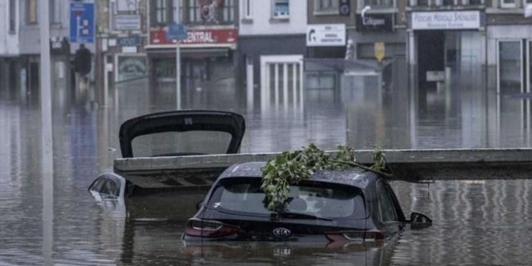 Muertos por inundaciones en China aumentan a 33 1