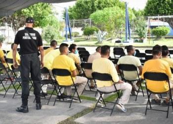 Vacunan contra Covid-19 a presos en Morelos 10