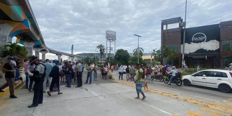 Aumenta el número de damnificados tras terremoto en Acapulco 1
