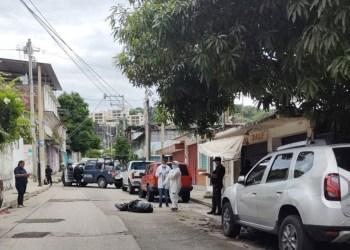 Hallan cadáver embolsado en zona urbana de Acapulco 1