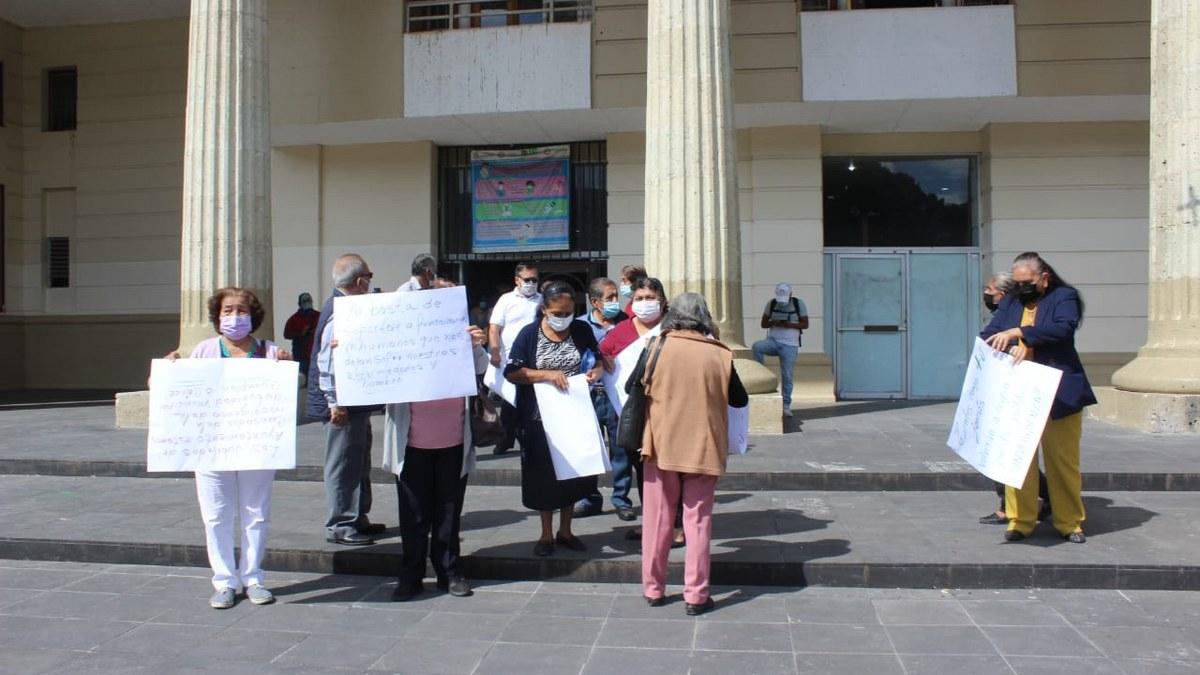Chilpancingo:Jubilados exigen a Toño Gaspar pague las cuotas obrero-patronales al ISSSPEG 1