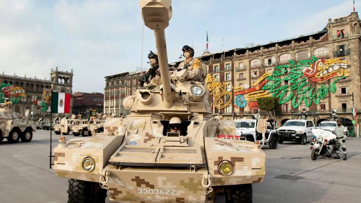 Desfile Cívico Militar por el 211 Aniversario del inicio de la Independencia de México | Fotos 11