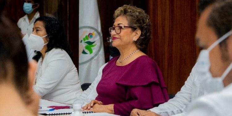 Adela Román culpa al gobernador de retrasar la declaratoria de desastre en Acapulco 1