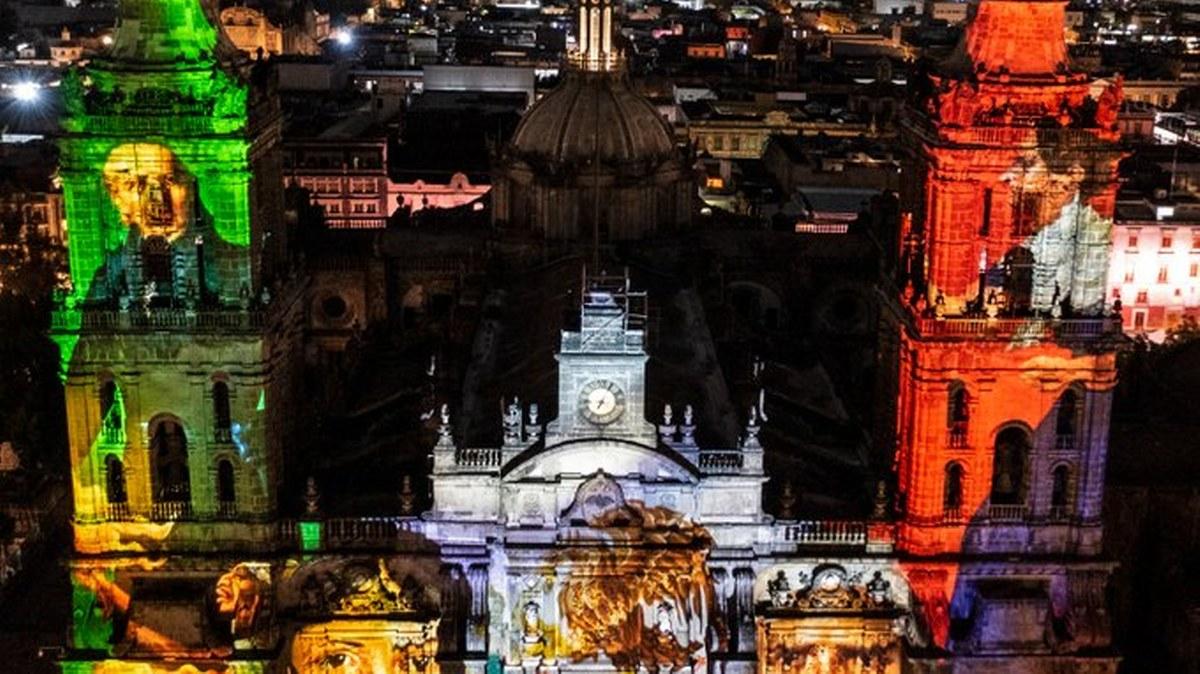 México: AMLO lanza Grito de Independencia sin pueblo, ¡Viva el amor al prójimo!, dijo 1