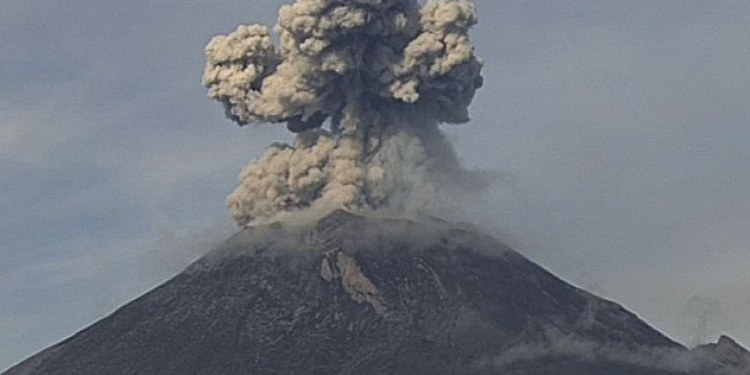 Popocatépetl registra una explosión; suma 128 exhalaciones en 24 horas 1