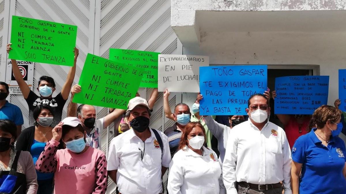Chilpancingo: protestan trabajadores de Salud; exigen pagos 2