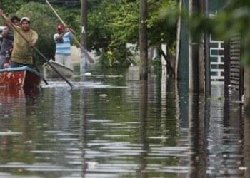 Tabasco, en alerta ante aumento de nivel en ríos por fuertes lluvias 8