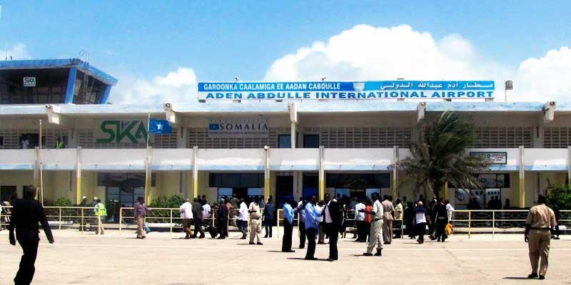 Investigan explosión en avión de pasajeros en Somalia